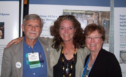 Fr L: Mark, Kathrine, Dianne